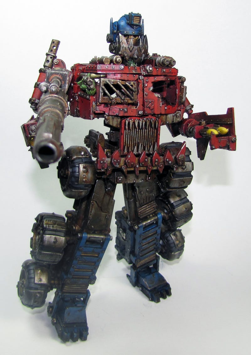 When Optimus Prime Meets Warhammer, My Jaw Drops