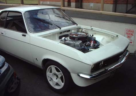 Engine Swap of the Day: V8 Manta!