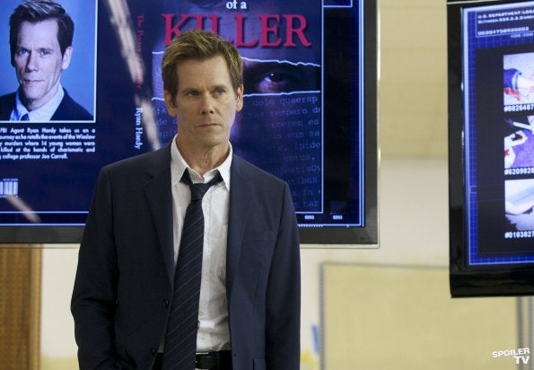 The Following - First Look at Kevin Bacon's Techno-Cult-Busting Detective Role