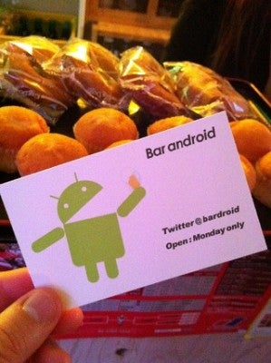 Get Gingerbread RIGHT NOW at Bar Android