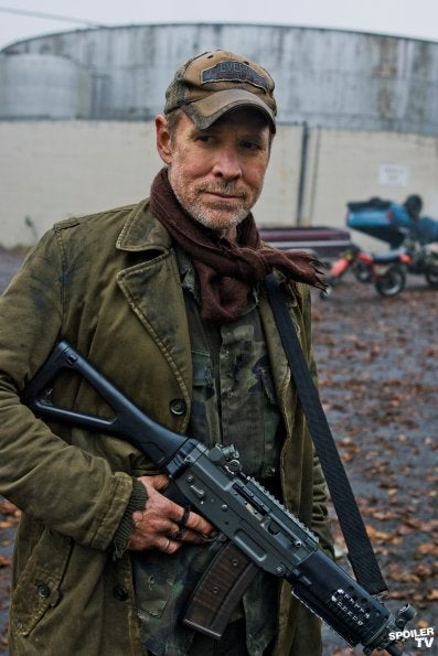 Falling Skies Promo Photos for Episode 2.05