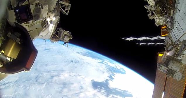 Así se ve un largo paseo espacial de la NASA grabado con cámaras GoPro