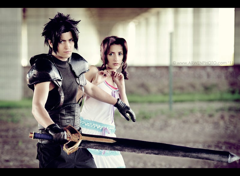 The Queens of Cosplay from the King of Fighters, Final Fantasy and More