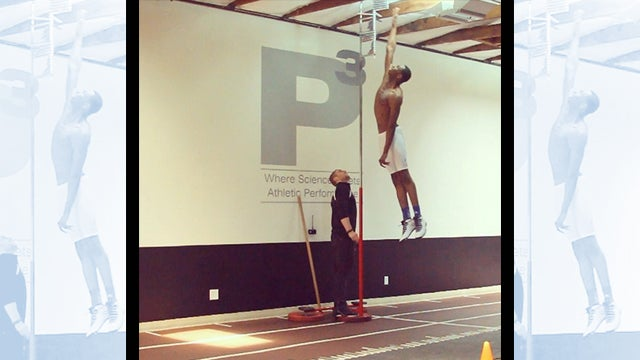 Damn, Andrew Wiggins Can Jump