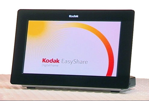 Kodak Wireless OLED Picture Frames Boast 30,000:1 Contrast Ratio