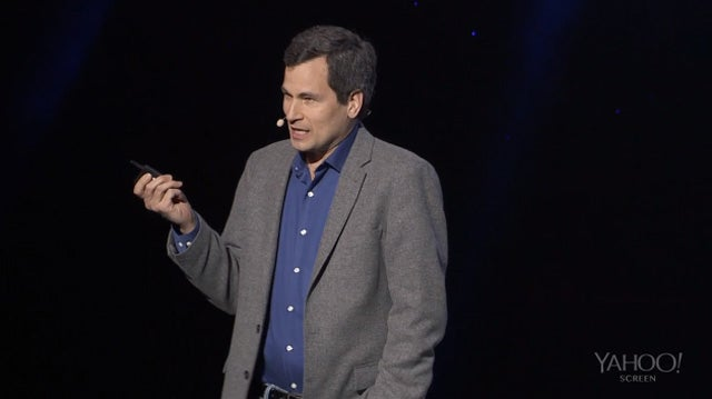 David Pogue Won't Stop Yelling at This Yahoo Keynote