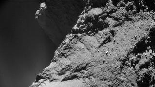 Scientists discover that comet stinks and has dunes just like Earth
