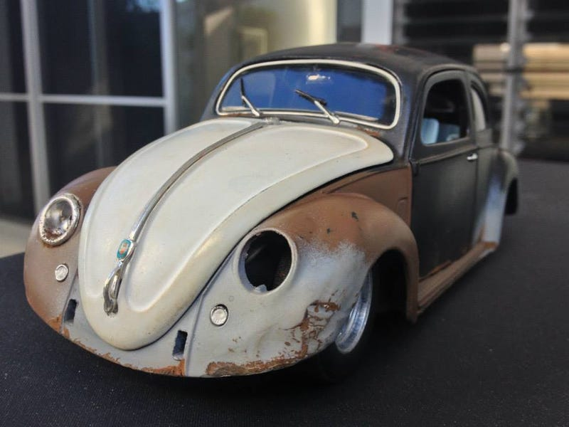 Australian Man Creates Ridiculously Awesome Model Cars