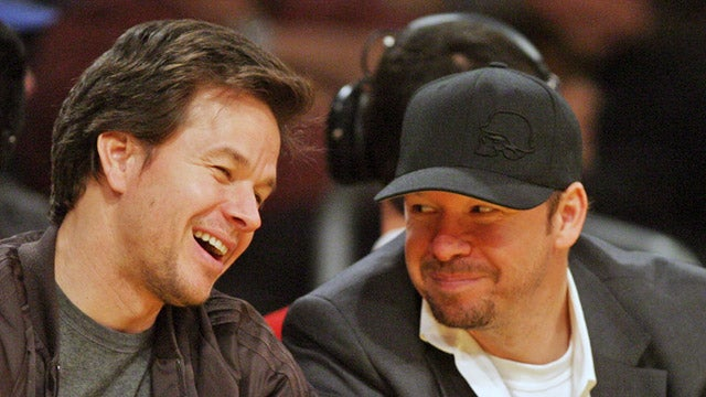 Mark Wahlberg's New Restaurant: Wahlburgers