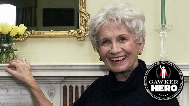 Gawker Heroes: Alice Munro