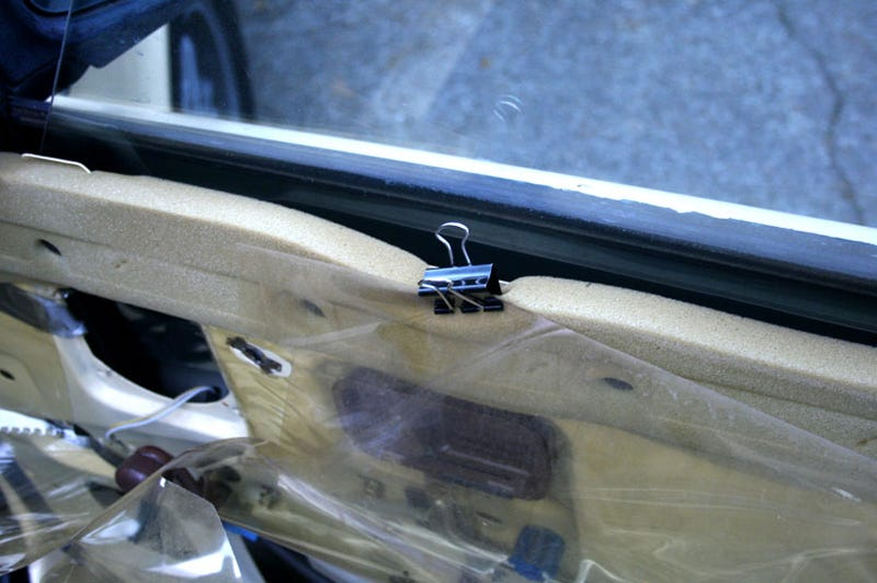 How To Fix A Drooping Car Window