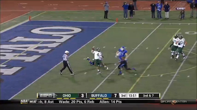 This Is One Of The Worst Blown Calls You'll Ever See In A Football Game