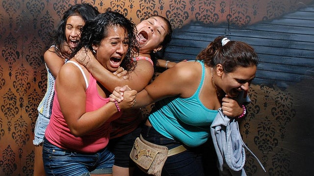 Haunted House's Flickr Feed Is Frighteningly Funny