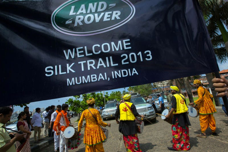 Land Rover Completes World's First Hybrid Expedition Along Silk Trail From Solihull To Mumbai