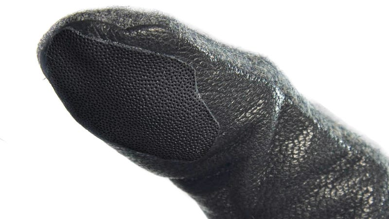 These Fake Fingerprint Stickers Let You Access a Protected Phone While Wearing Gloves