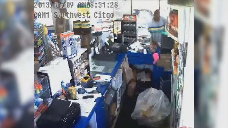 Florida Man Robs Gas Station While Applying for a Job There