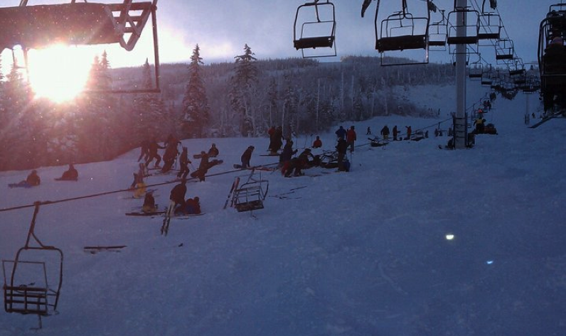 Ski Lift Accident in Maine Injures Several, Strands Hundreds