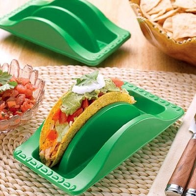 Ingenious Taco Plate Facilitates Rapid Consumption of Tacos