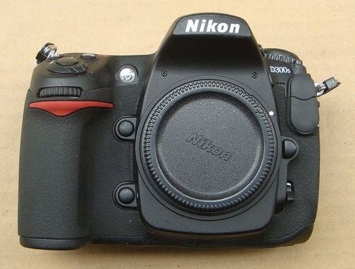 Nikon D300s DSLR in the Flesh, Apparently