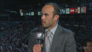 Landon Donovan Makes MLS Announcing Debut—In Spanish