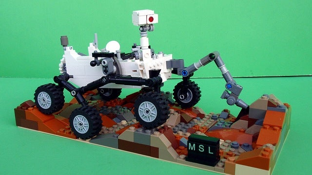 Behold a Lego Curiosity rover built by a designer of the real Curiosity