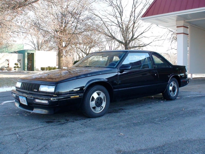 Last gasp of malaise? - 1988 Buick Lesabre T-type