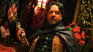 <em>The Man With The Iron Fists</em> isn't bad if you imagine Russell Crowe wandered on set and decided to be in a movie