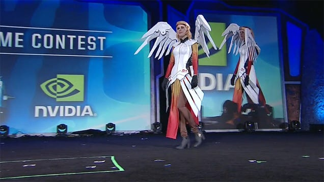 Day-One Overwatch Cosplay At Blizzcon
