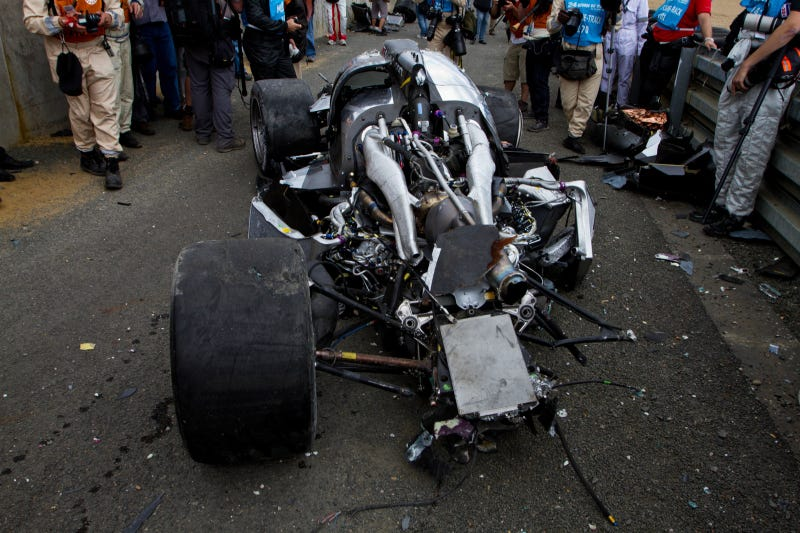 First amazing Audi R18 Le Mans post-crash photos