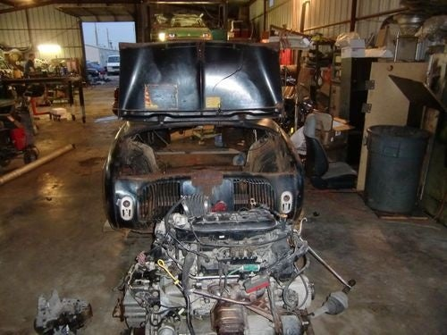 V6-Swapped Renault Dauphine Prepares For Racing Glory