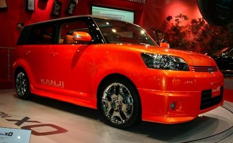 Tokyo Motor Show: Custom Toyota Corolla Rumion/Scion xB by Kanji