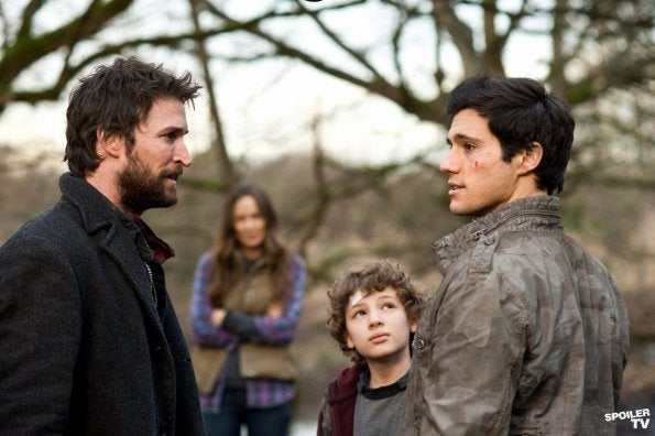 "Falling Skies 208 ""Death March"" pics"