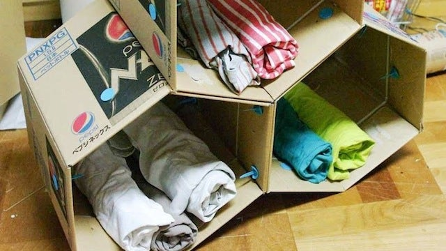 Build Your Own Clutter-Reducing, Modular Shelving from Cardboard Boxes