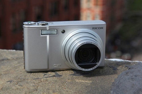 8 Ways to Get More Battery Life Out of Your Digital Camera