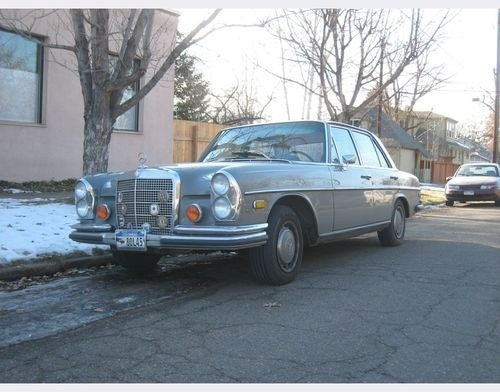 Mercedes-Benz W108 Down On The Denver Street