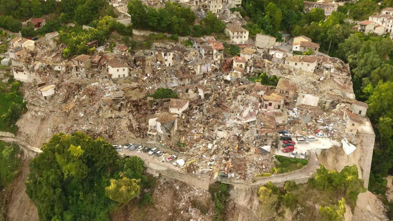 Striking Maps Show the Devastation of Italy's Huge Earthquakes