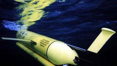 Autonomous Submarine Runs Off Ocean Water