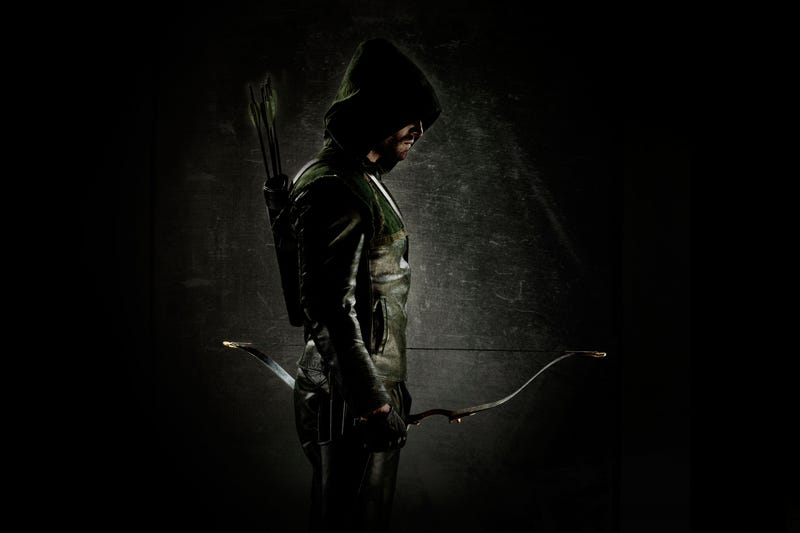 First picture of The Green Arrow from CW's new superhero series Arrow