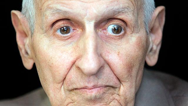 """Jack """"Dr. Death"""" Kevorkian Dead at 83 With No Assistance"""