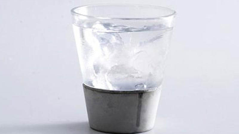 A Built-In Concrete Coaster Keeps These Glasses Dry