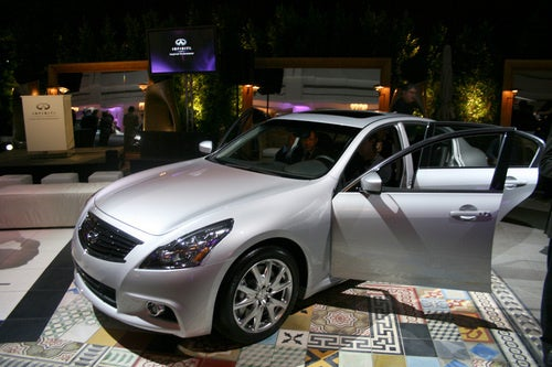 2010 Infiniti G37 Goes Beverly Hills, Gets Nose Job