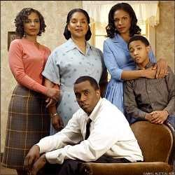 """A Raisin In The Sun: Sean """"Diddy"""" Combs Doesn't Exactly Dazzle"""