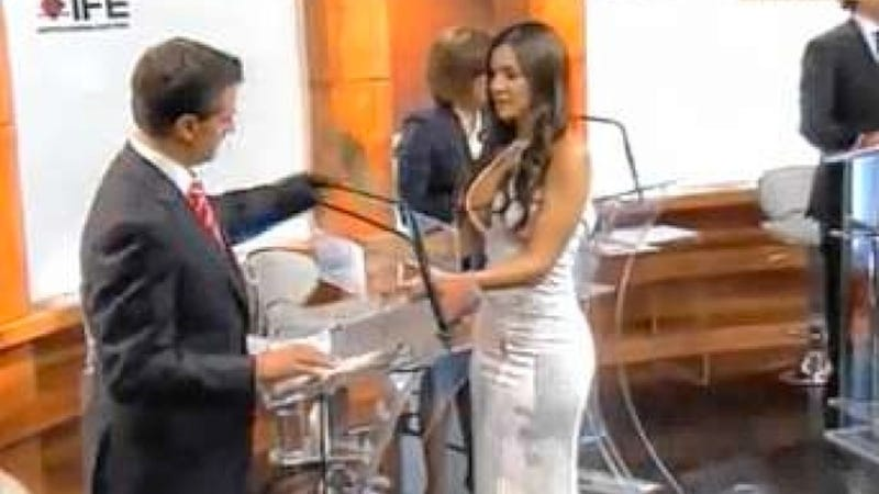 Sexy Model Lends Necessary Air of Perviness to Mexican Presidential Debate