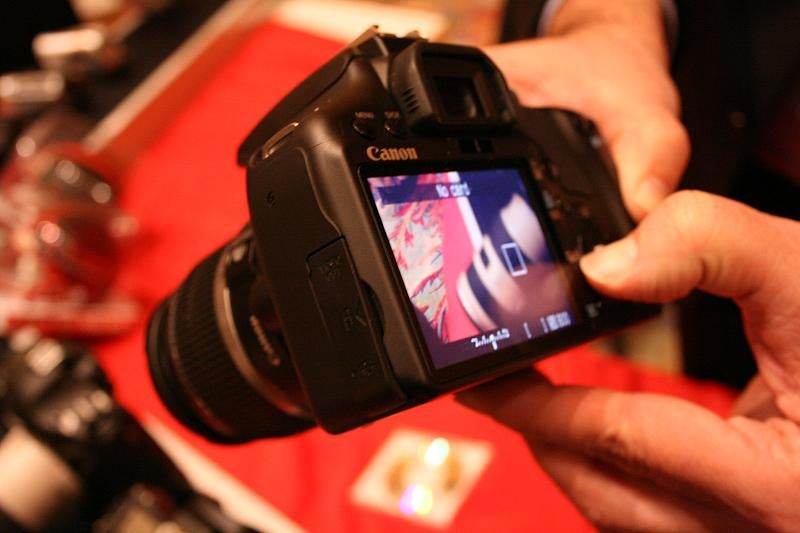 First Canon EOS Digital Rebel XSi Hands On: Your XTi Is Now Junk