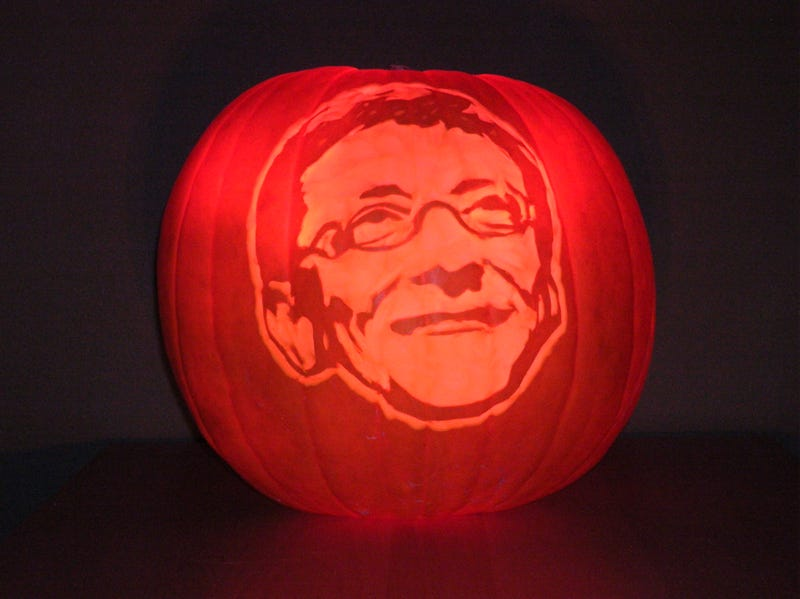 Steve Jobs Jack-O-Lantern Only Moderately Scary to Neighborhood Children