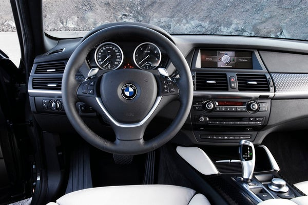 Open Source Telematics System Lets BMW Roll with the Changes