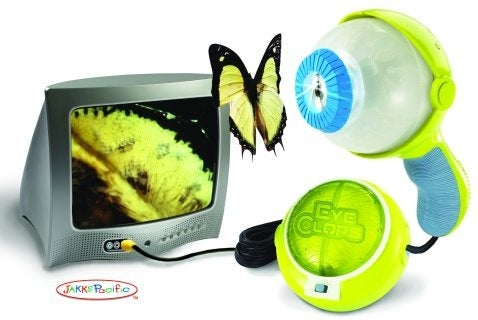 EyeClops Magnifies Anything 200x, Sends Images to TV Screen