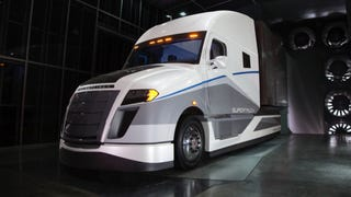 Freightliner SuperTruck More Than Doubles The