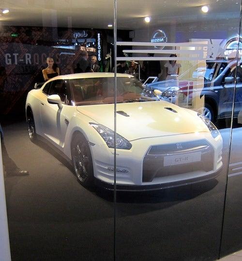 2012 Nissan GT-R: Godzilla Takes Paris