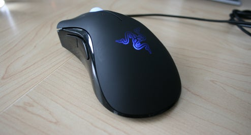 Lightning Review: Razer DeathAdder Gaming Mouse for PC and Mac